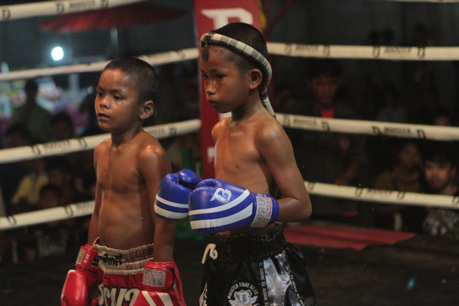 One Night in Thailand: Gamblers, Child Fighters, and Muay Thai