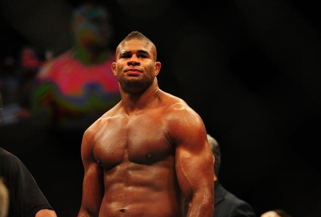 Fight Doctor - Alistair Overeem's Muscle Burnout | FIGHTLAND
